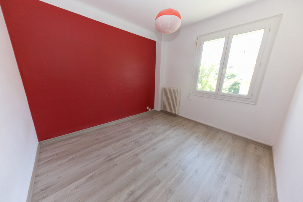 Maison à vendre 7 185m2 à Perpignan vignette-7