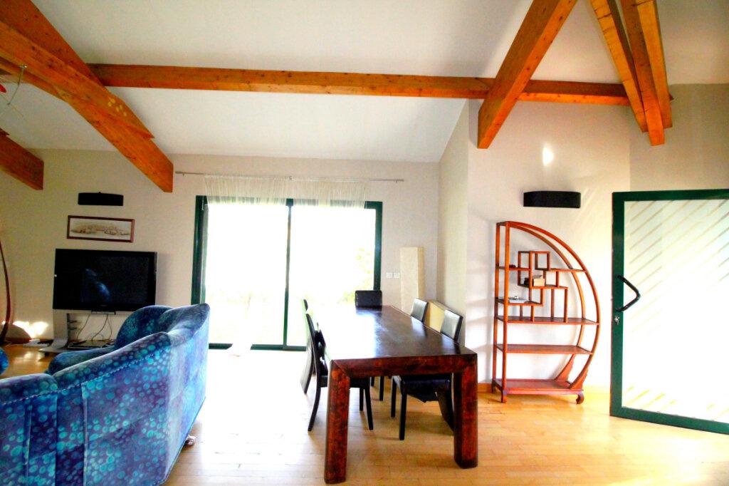 Maison à vendre 5 160m2 à Le Soler vignette-5