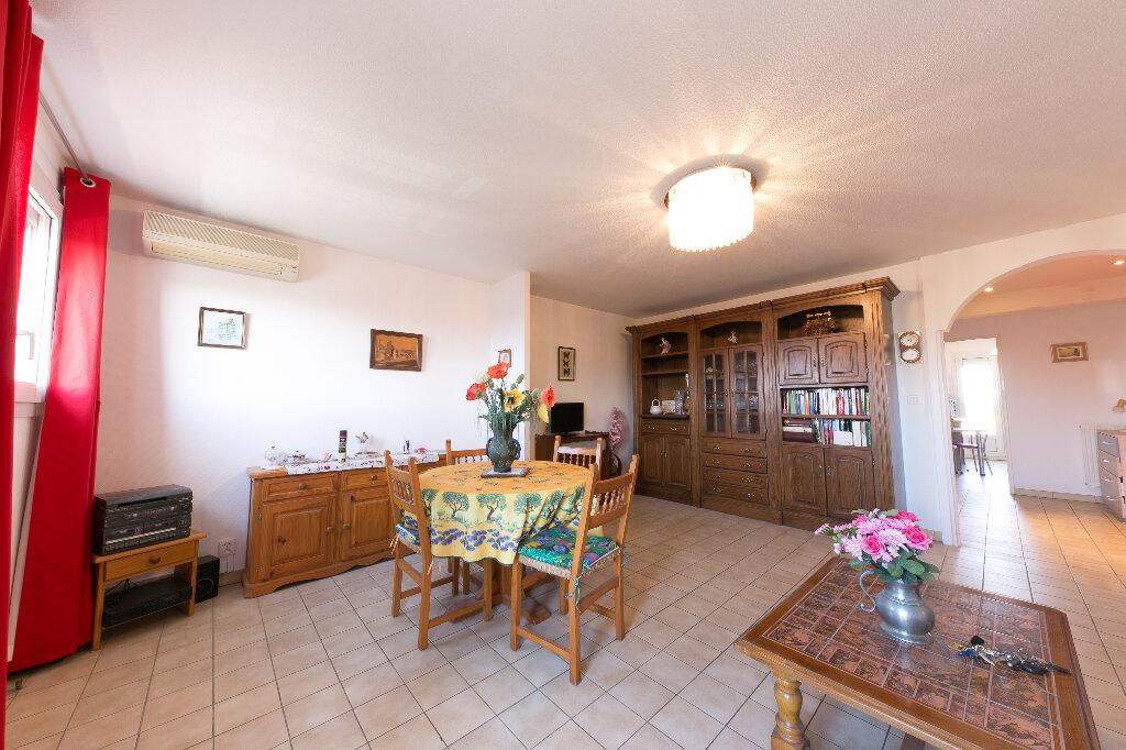 Appartement à vendre 4 100m2 à Perpignan vignette-3