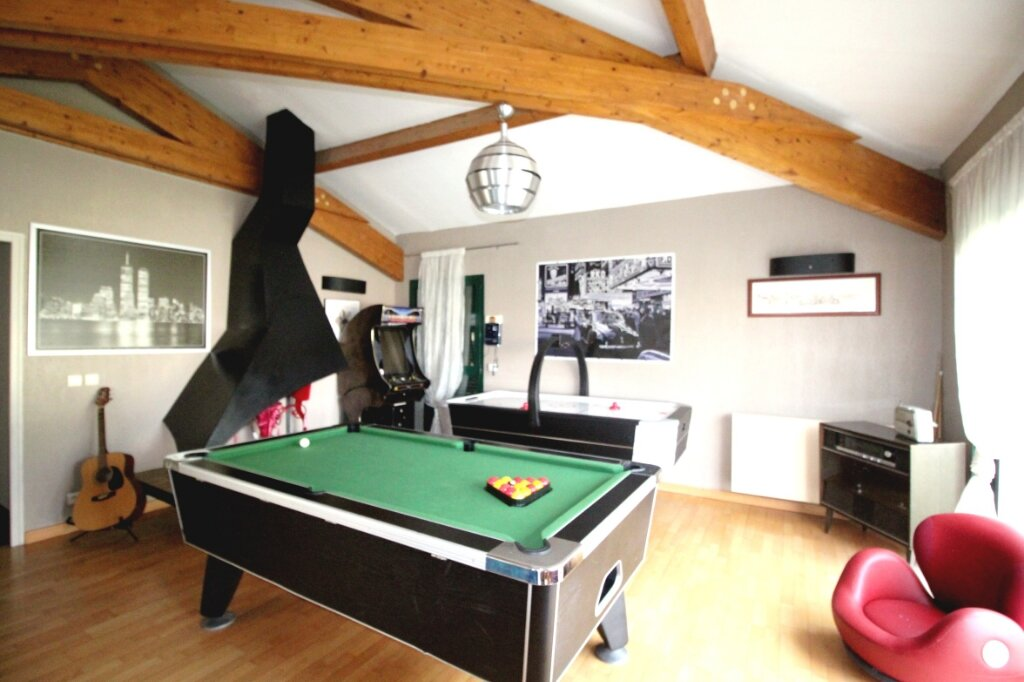 Maison à vendre 5 160m2 à Le Soler vignette-4