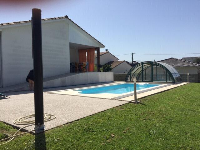 Maison à vendre 6 162.7m2 à Ambarès-et-Lagrave vignette-2