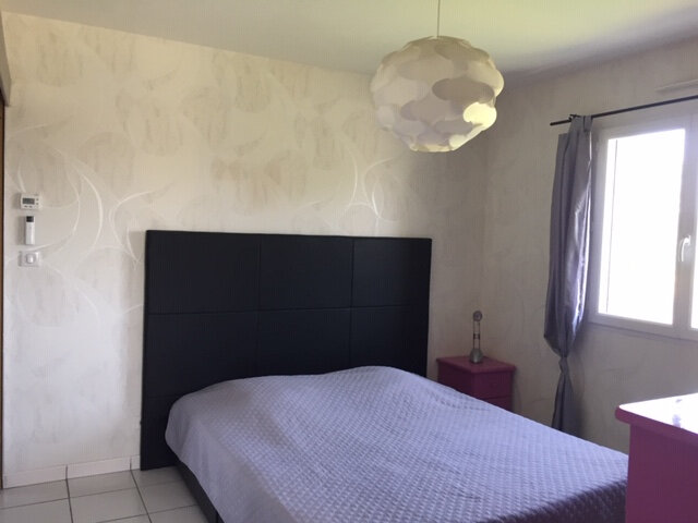 Maison à vendre 6 162.7m2 à Ambarès-et-Lagrave vignette-5