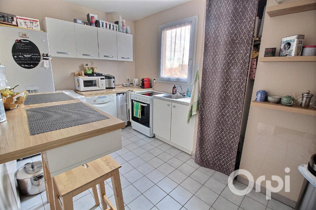 Appartement à vendre 2 52m2 à Montigny-le-Bretonneux vignette-4