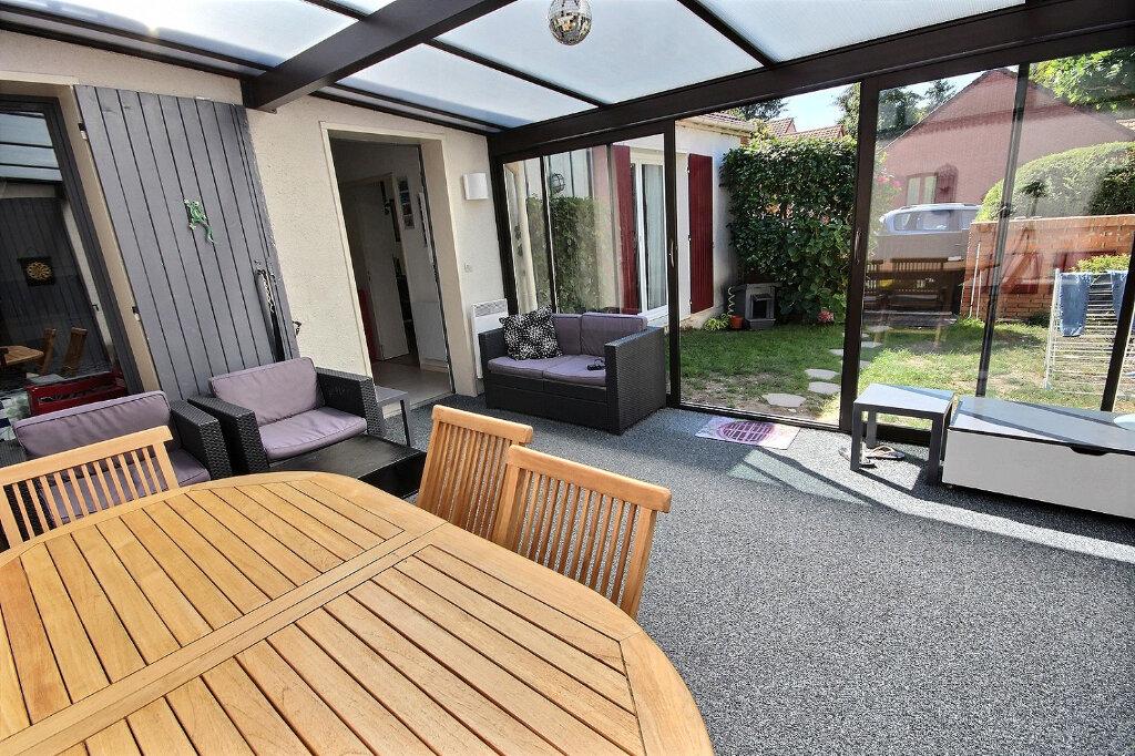 Maison à vendre 6 125m2 à Guyancourt vignette-4