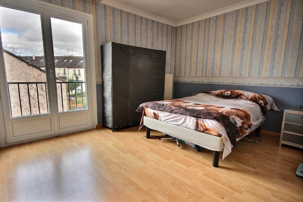 Maison à vendre 4 93m2 à Maurepas vignette-3