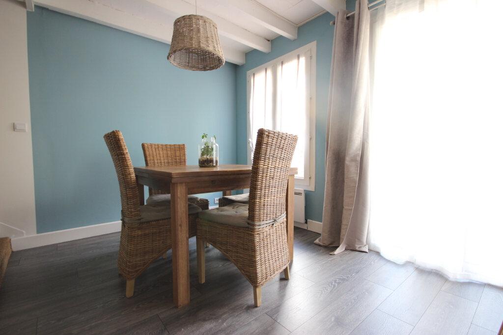 Appartement à vendre 4 83.05m2 à Élancourt vignette-2