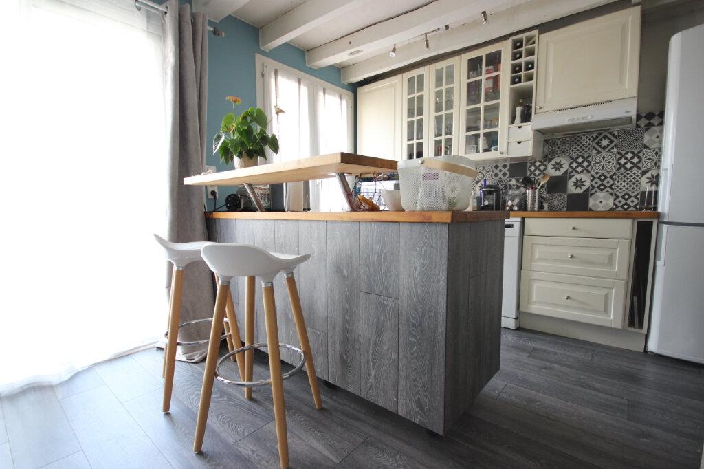 Appartement à vendre 4 83.05m2 à Élancourt vignette-4