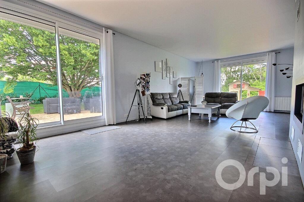 Maison à vendre 7 160m2 à Élancourt vignette-2