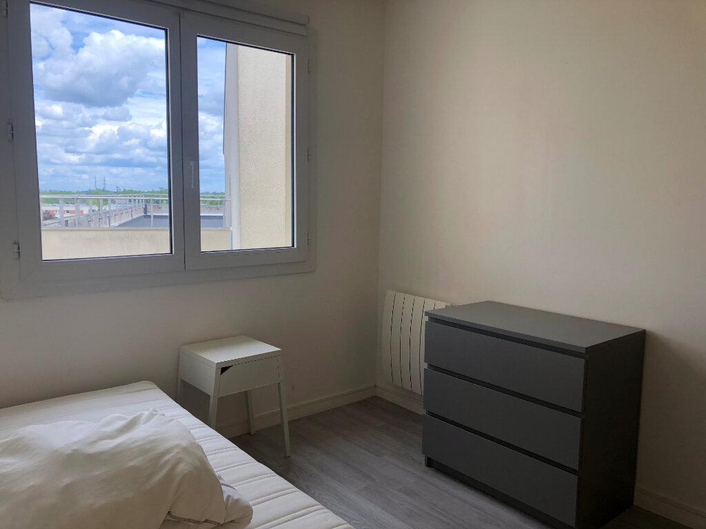 Appartement à louer 3 50m2 à Élancourt vignette-2