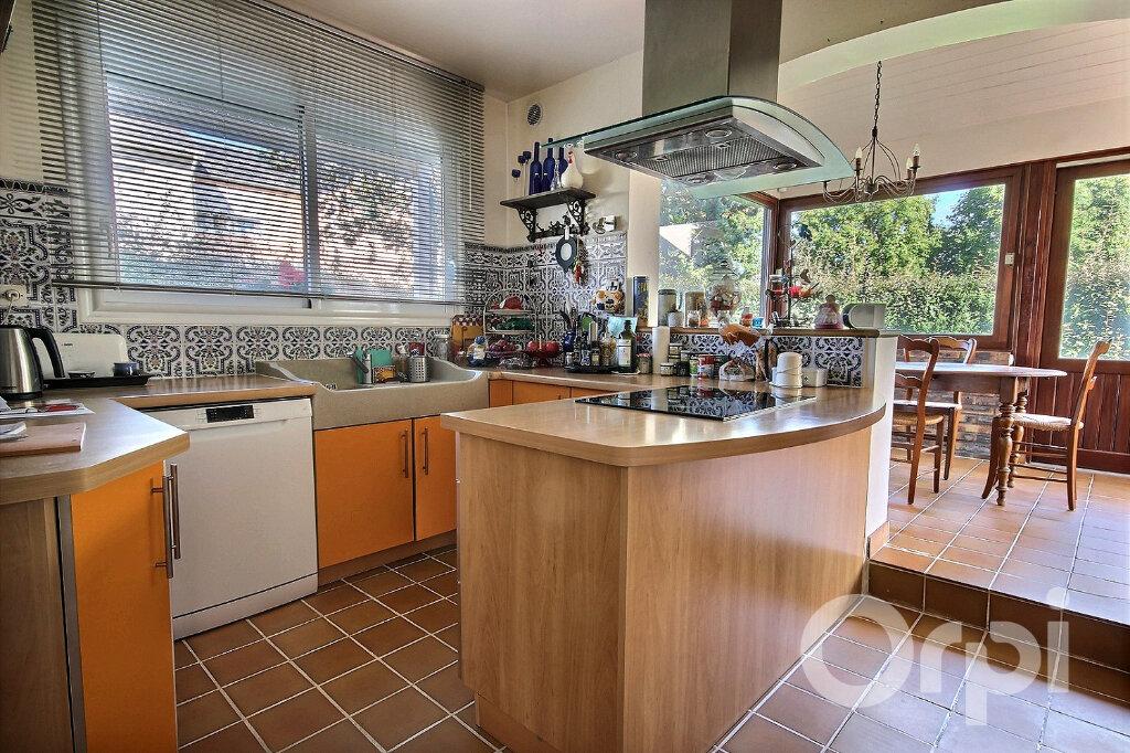 Maison à vendre 6 134m2 à Élancourt vignette-4