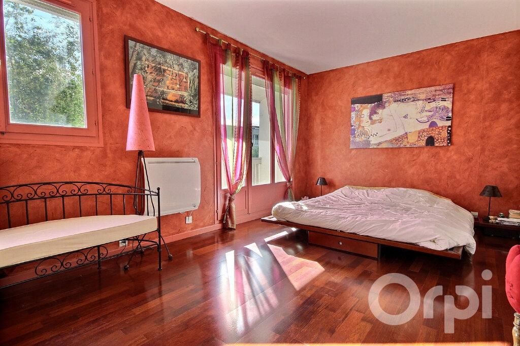 Maison à vendre 6 134m2 à Élancourt vignette-5