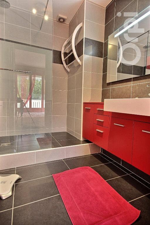 Maison à vendre 6 134m2 à Élancourt vignette-8