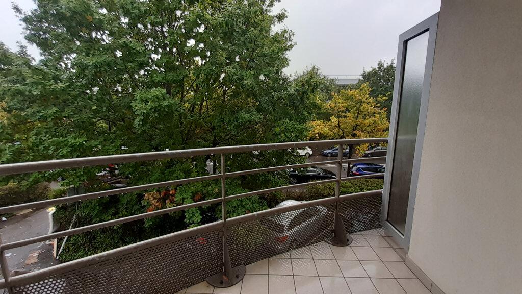 Appartement à louer 3 64m2 à Élancourt vignette-8