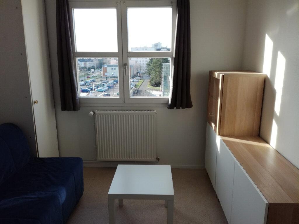 Appartement à louer 1 17.85m2 à Élancourt vignette-2