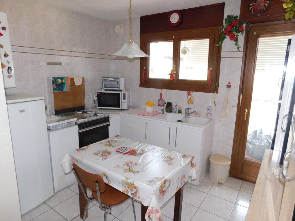 Appartement à vendre 3 70m2 à Montpellier vignette-3