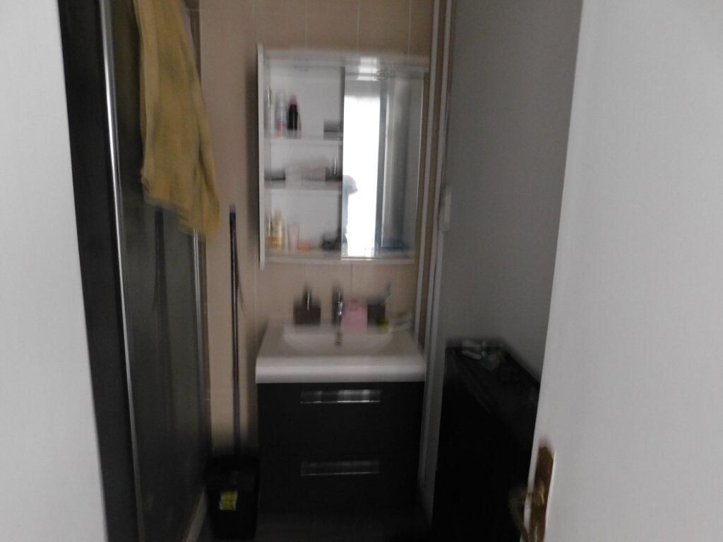Appartement à louer 3 69.48m2 à Montpellier vignette-4