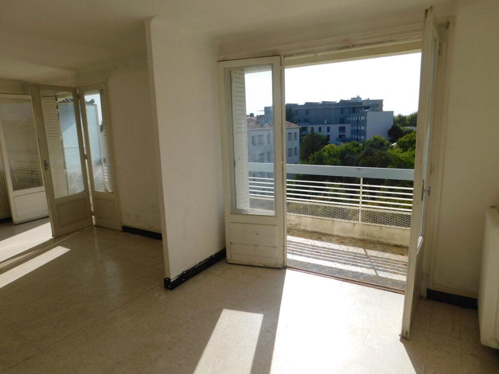Appartement à vendre 3 71.66m2 à Montpellier vignette-2