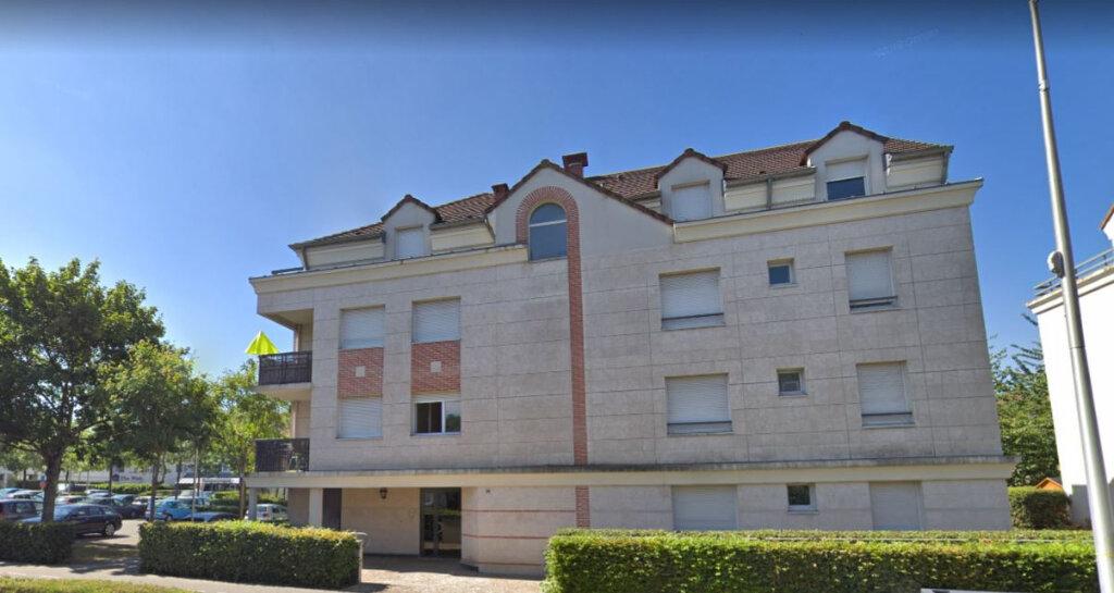 Appartement à louer 3 61.61m2 à Guyancourt vignette-1