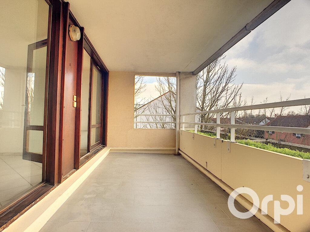 Appartement à louer 2 45.23m2 à Voisins-le-Bretonneux vignette-1