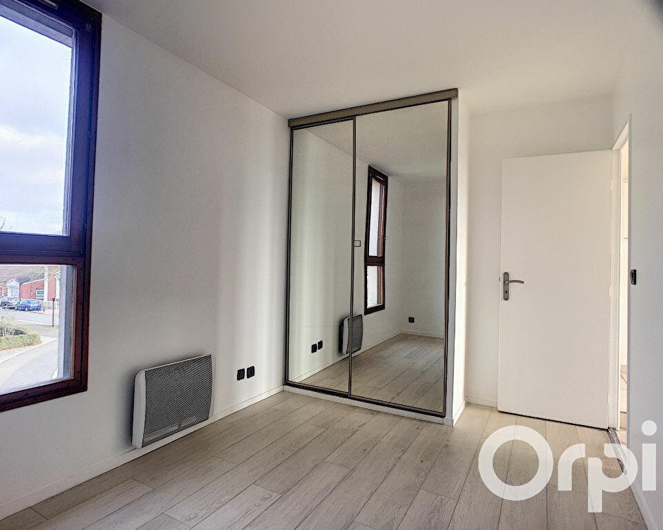 Appartement à louer 2 45.23m2 à Voisins-le-Bretonneux vignette-6