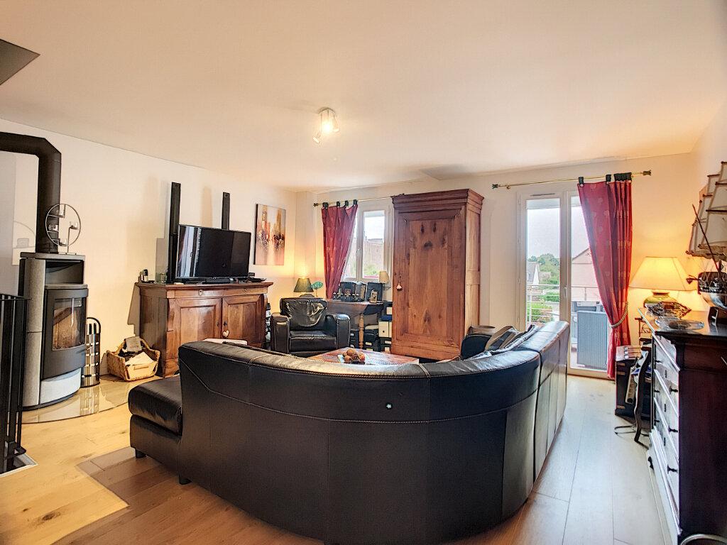 Maison à vendre 6 125m2 à Guyancourt vignette-1