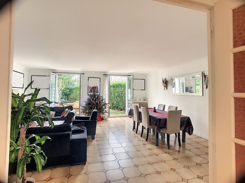 Maison à vendre 6 106m2 à Guyancourt vignette-1
