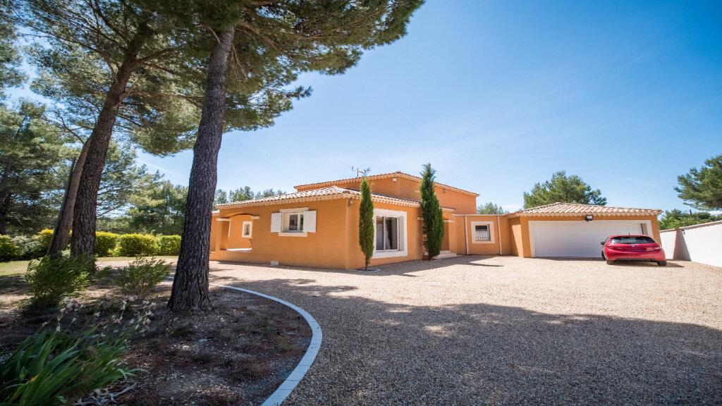 Maison à vendre 5 222m2 à L'Isle-sur-la-Sorgue vignette-2