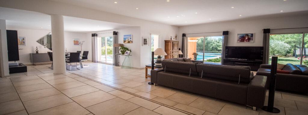 Maison à vendre 5 222m2 à L'Isle-sur-la-Sorgue vignette-6