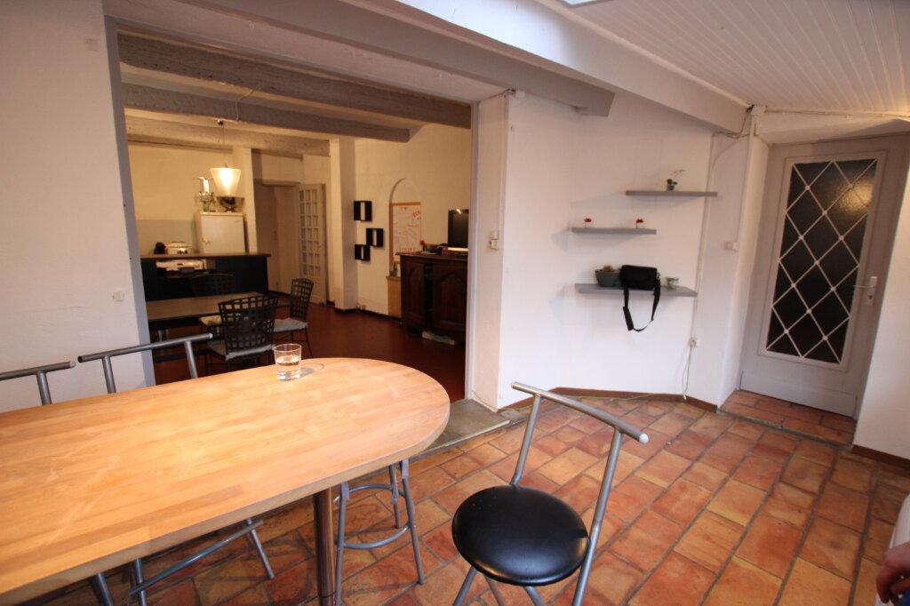 Maison à vendre 5 140m2 à Morières-lès-Avignon vignette-1