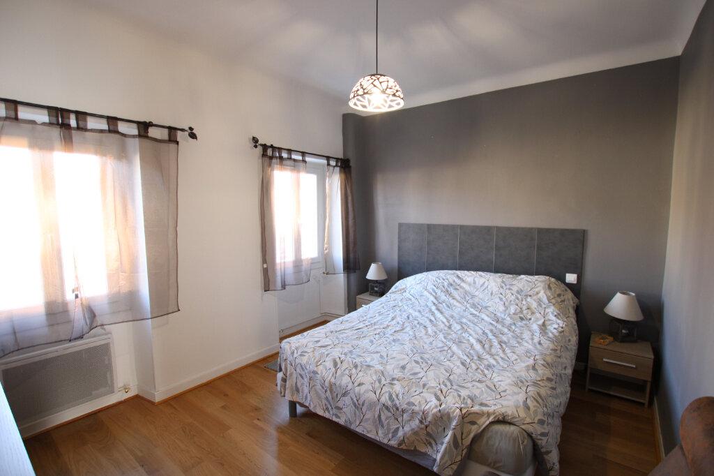 Appartement à louer 3 110m2 à Morières-lès-Avignon vignette-8