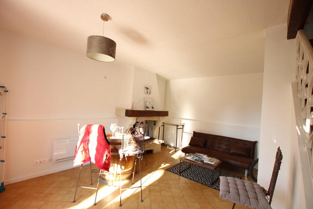 Appartement à louer 3 110m2 à Morières-lès-Avignon vignette-10