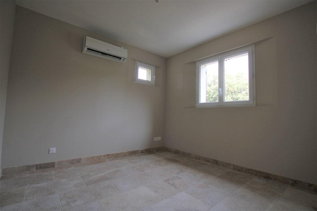 Appartement à louer 3 70m2 à Bédarrides vignette-9