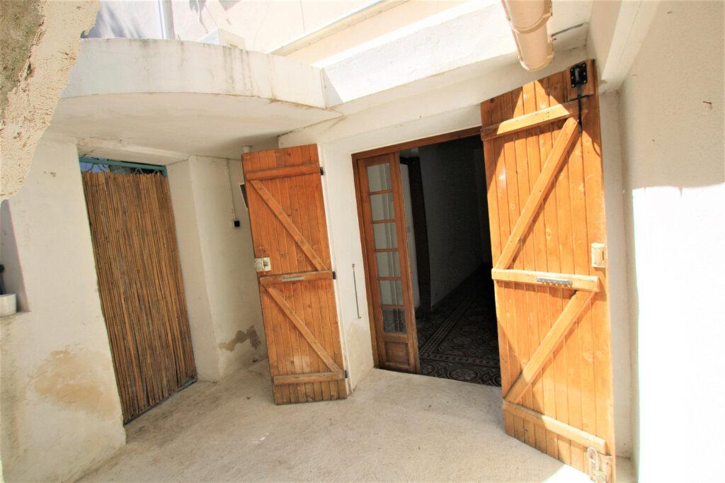 Appartement à louer 2 47.38m2 à Carpentras vignette-1