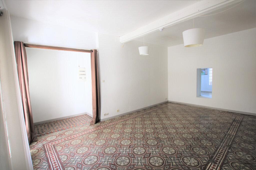 Appartement à louer 2 47.38m2 à Carpentras vignette-3