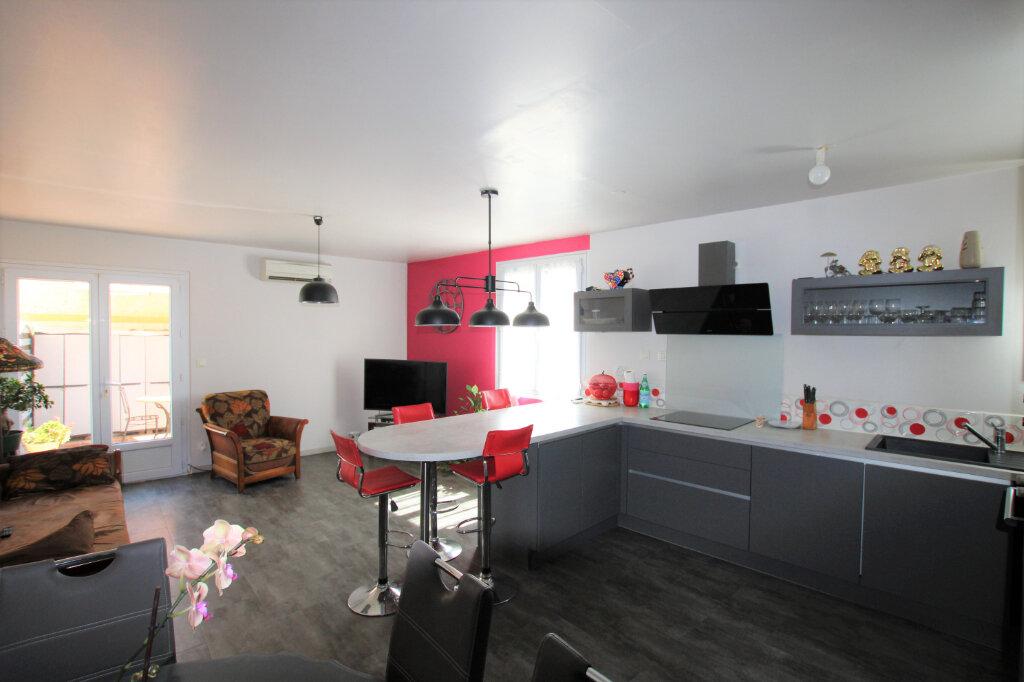 Appartement à vendre 2 55.66m2 à Montfavet - Avignon vignette-1