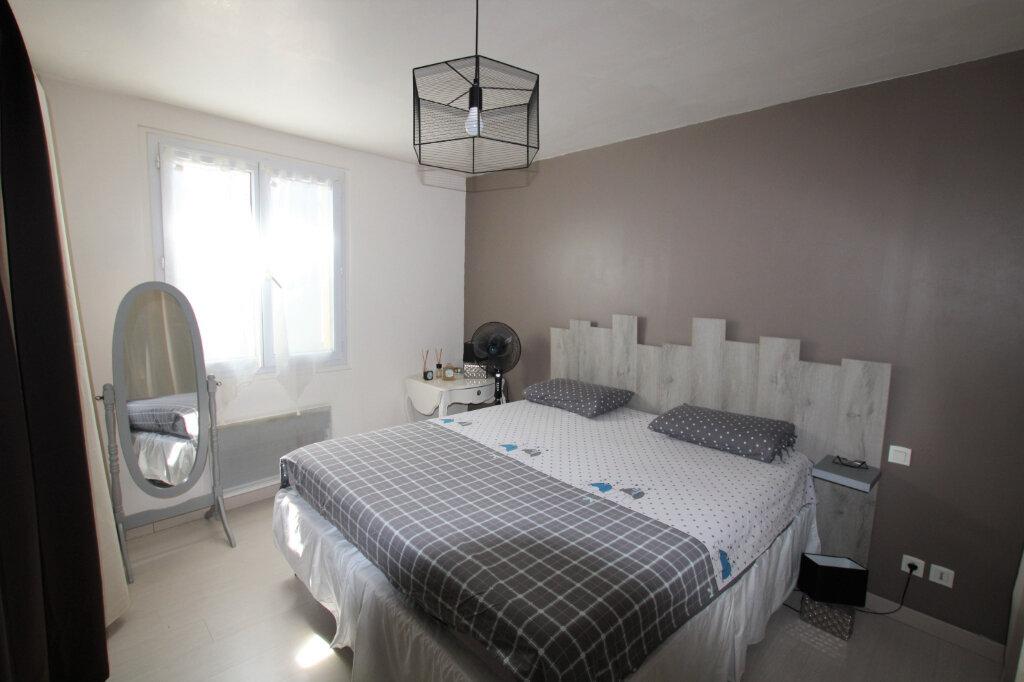 Appartement à vendre 2 55.66m2 à Montfavet - Avignon vignette-3