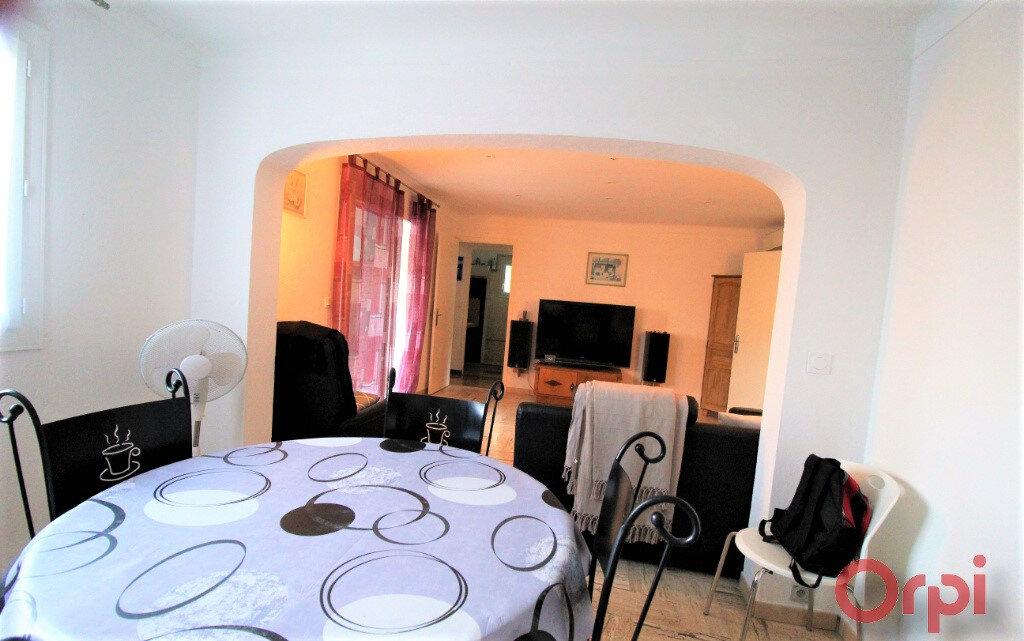 Maison à vendre 3 72m2 à Roquebrune-sur-Argens vignette-3
