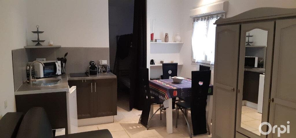 Maison à vendre 5 190m2 à Puget-sur-Argens vignette-5