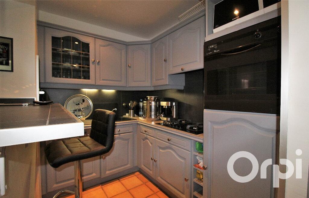 Maison à vendre 9 181.96m2 à Puget-sur-Argens vignette-8