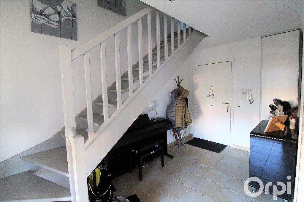 Appartement à louer 3 59.7m2 à Roquebrune-sur-Argens vignette-6
