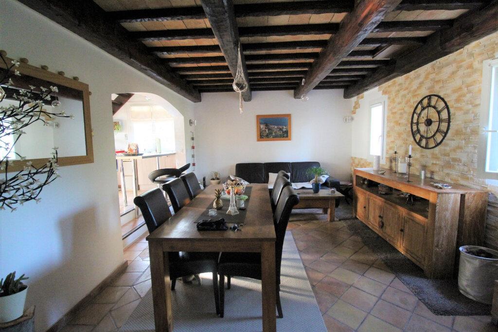 Maison à vendre 3 90m2 à Roquebrune-sur-Argens vignette-1