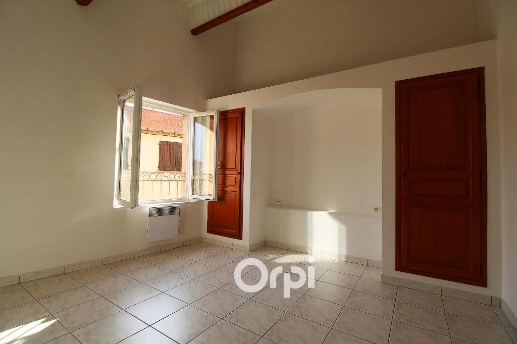 Maison à louer 4 90m2 à Roquebrune-sur-Argens vignette-3