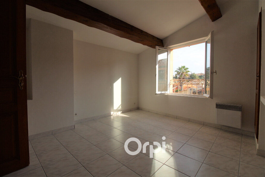 Maison à louer 4 90m2 à Roquebrune-sur-Argens vignette-4