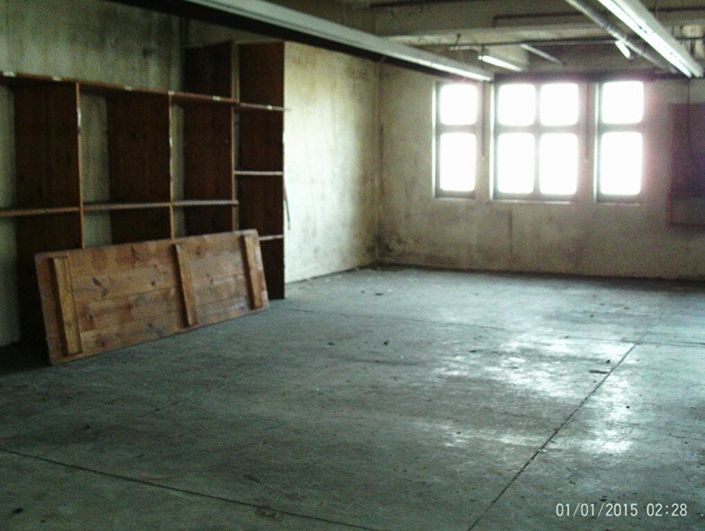 Appartement à vendre 1 95.33m2 à Oloron-Sainte-Marie vignette-1