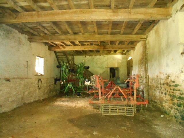 Maison à vendre 5 106m2 à Lasseube vignette-4