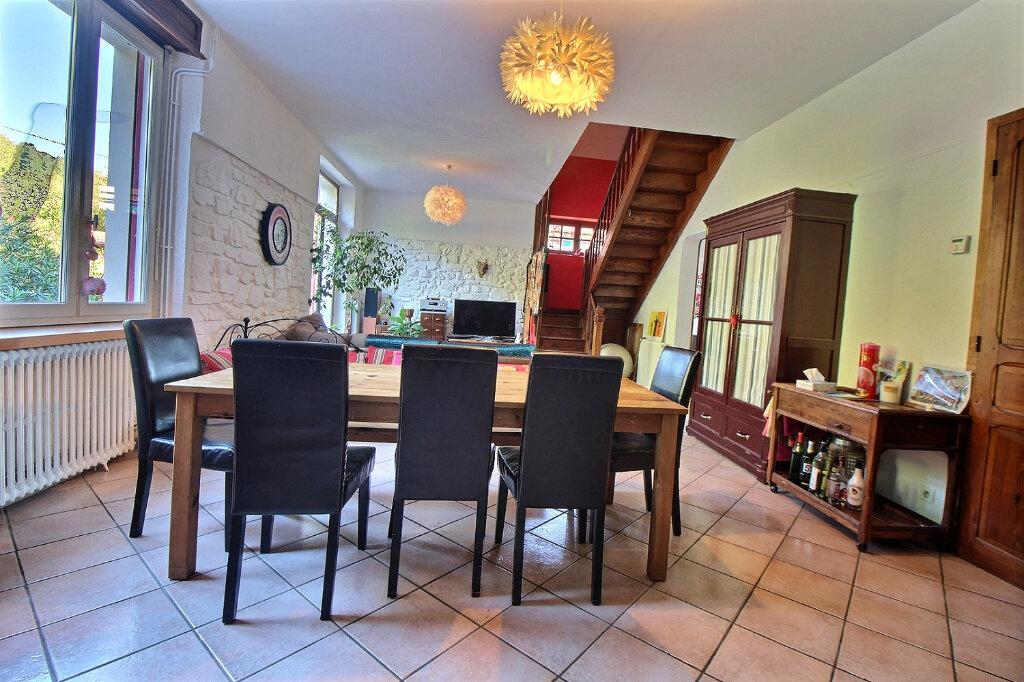 Maison à vendre 6 147m2 à Oloron-Sainte-Marie vignette-2