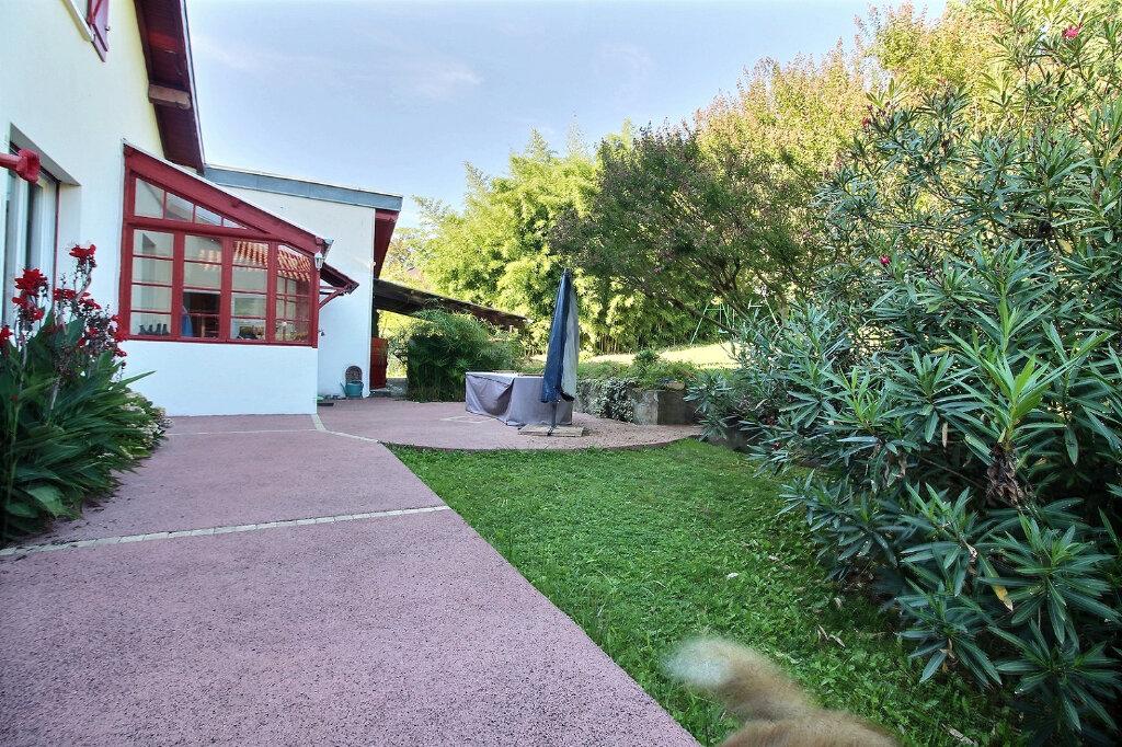 Maison à vendre 6 147m2 à Oloron-Sainte-Marie vignette-4