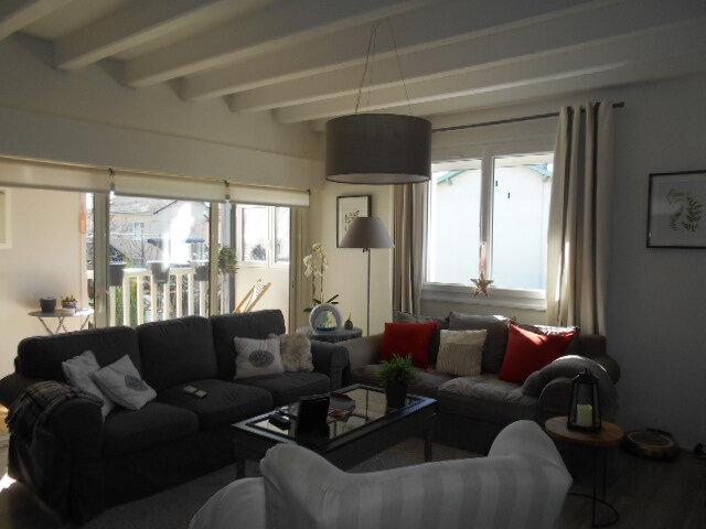 Maison à vendre 9 213m2 à Oloron-Sainte-Marie vignette-2