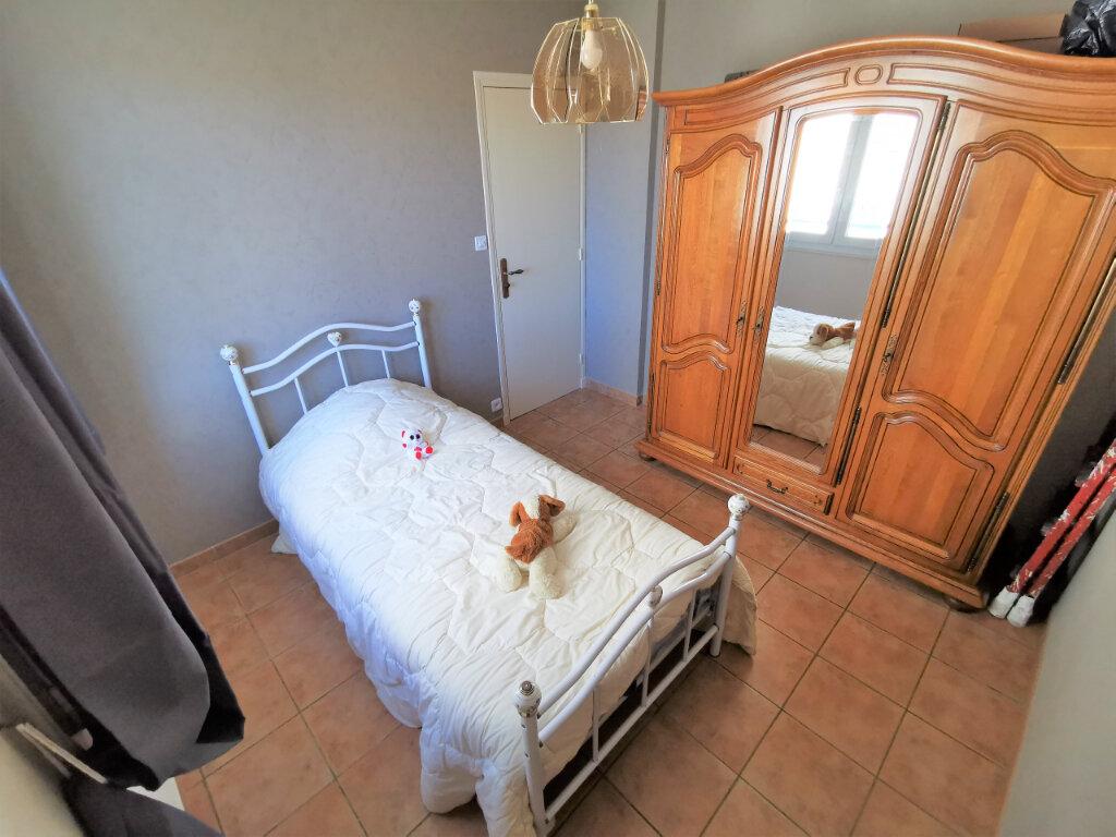 Appartement à vendre 5 71.14m2 à Bollène vignette-7
