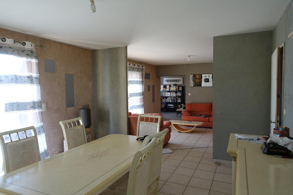 Maison à vendre 7 141.88m2 à Bollène vignette-6